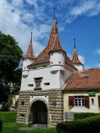 Obiective turistice Brasov: Poarta Sf. Ecaterina