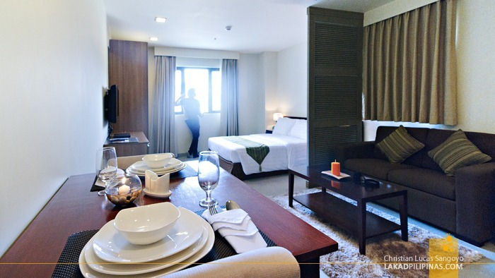 Deluxe Bedroom at Baguio City's Azalea Residences