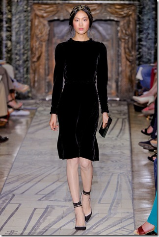 Valentino Fall 2011 (nay) 3