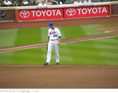 'Ike Davis' photo (c) 2010, slgckgc - license: http://creativecommons.org/licenses/by/2.0/