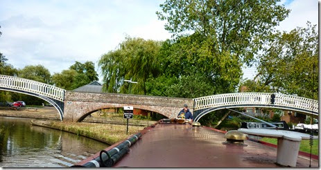 9 rounding braunston turn