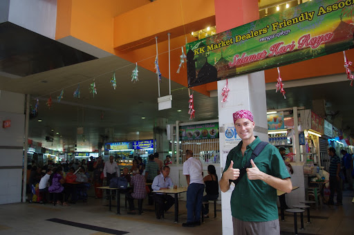 A hawker centre (food court) in Little India. Hawker centres are the cheapest place to eat in the city and often have fresh, fantastic food.