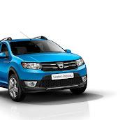 2013-Dacia-Sandero-Stepway-4.jpg