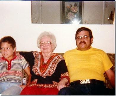 Samjr GrandmaWeibel&Sam08-80