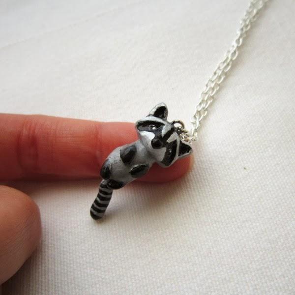raccon necklace2