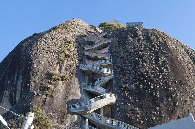 guatape-rock-1