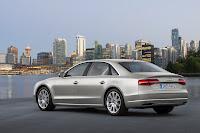 2014-Audi-A8-32.jpg
