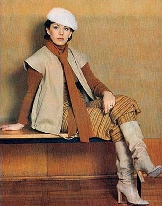 74241380_fashion_and_time_ussr_1979_09