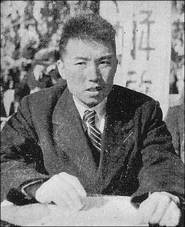 280px-Kim_Il-sung_1946