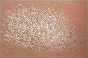 Maybelline Too Cool Color Tattoo Eyeshadow Swatch
