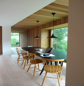 interiorismo de comedor en madera