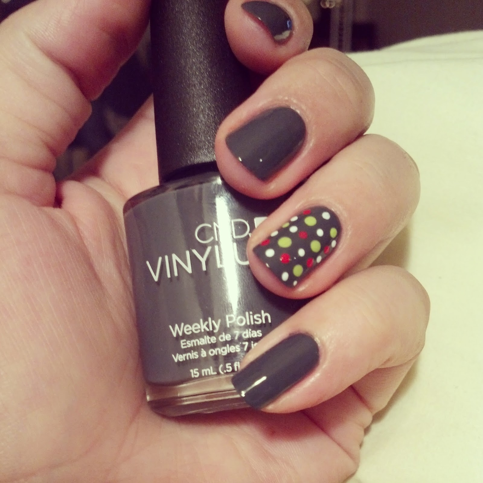 An Onion Exposed: Nails: Tri-Color Polka Dots