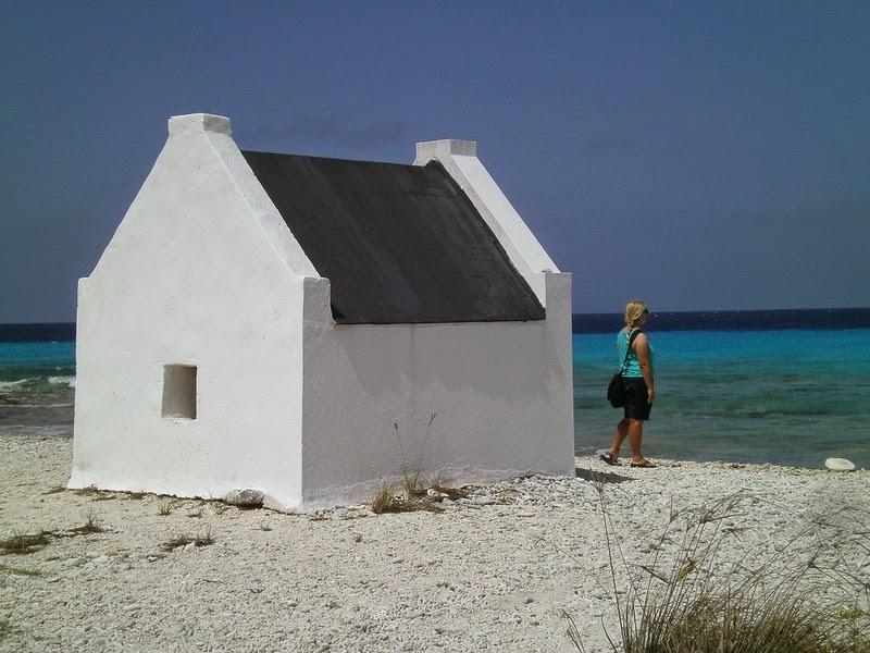 bonaire-slave-huts-5