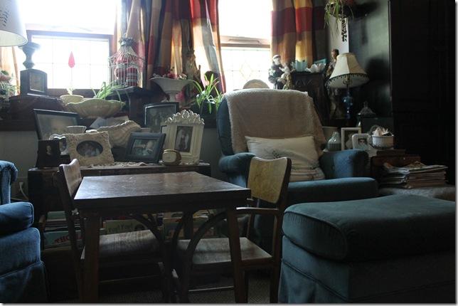 living room 084