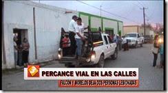 03 SPOT FLASH INFORM PERCANCE VIAL EN LAS CALLES FALCON Y MORELOS DEJA DOS PERSONAS LESIONADAS.mp4_000011340
