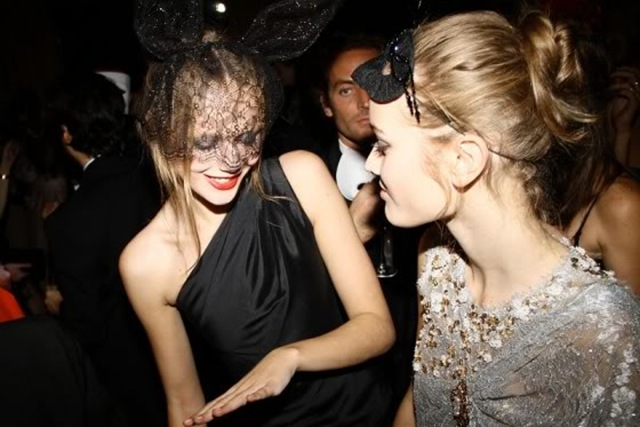 vogue-masquerade-ball-560x373