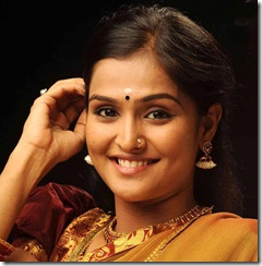 Ramya Nambeesan close up photo
