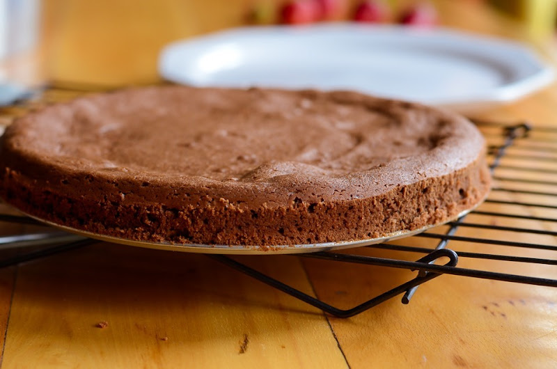 GF Garbanzo chocolate cake-0057