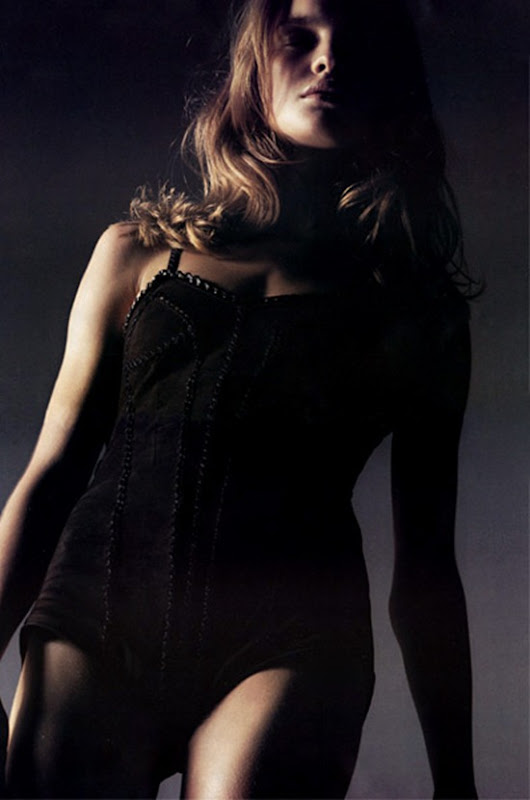 vogue paris august2002 natalia vodianova 3