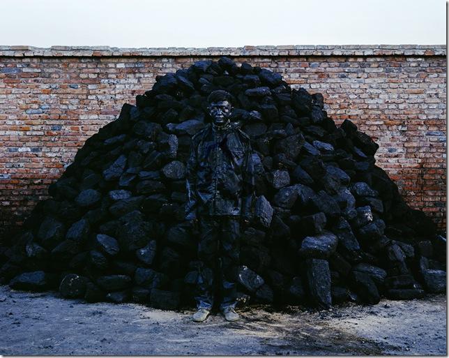 liu_bolin-coal