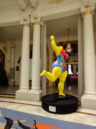 Sculpture Niki de Saint Phalle à l'Hôtel Negresco à Nice