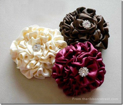 How-to-make-ribbon-flower-hair-accessories-1