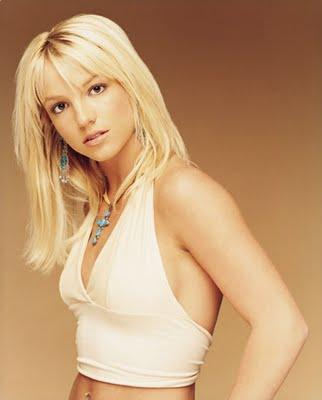 Britney Spears Blonde Wavy Haircut