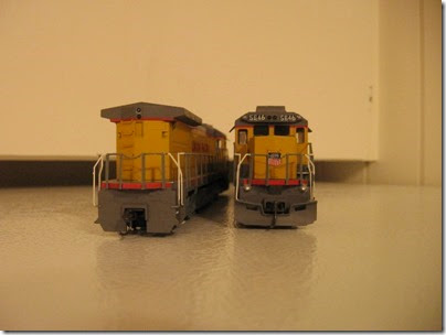 IMG_1127 Union Pacific 5637 & 5646 B40-8s by Walthers Trainline