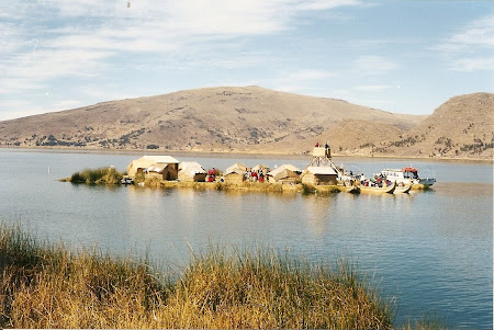 Things to do in Titicaca: The floating Uros village