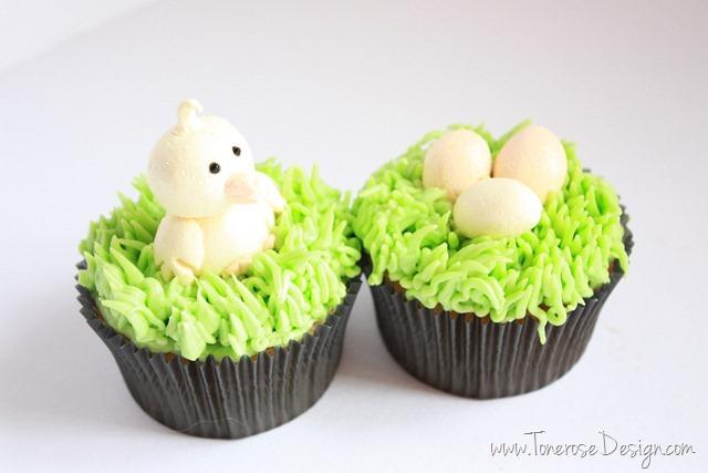 lage påskekylling av marsipan påskecupcakes
