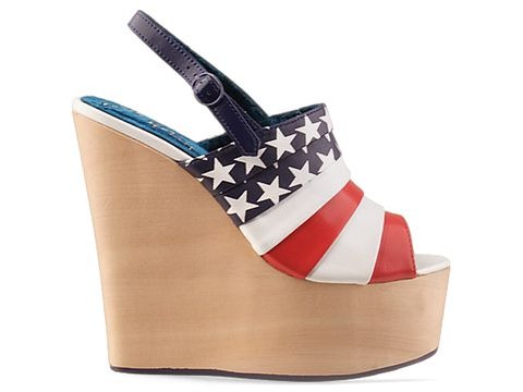 Irregular-Choice-shoes-Chica-Chola-Flag-(Red-Blue) sole struck