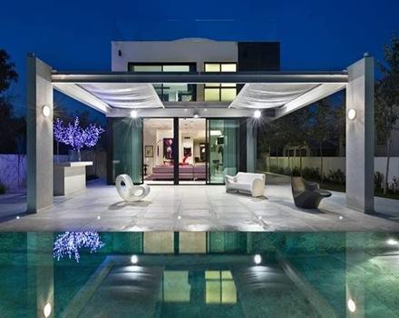 piscina-casa-de-lujo-revestimiento-piscinas