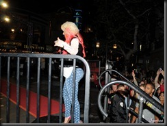 christina-aguilera-huge-butt-tight-jeans-matthew-rutler-1106-1-900x675