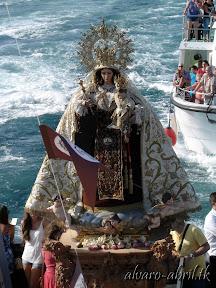 carmen-coronada-de-malaga-2013-felicitacion-novena-besamanos-procesion-maritima-terrestre-exorno-floral-alvaro-abril-(58).jpg