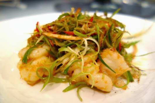 Wok Fried Prawns with Shrimp Roe, Ginger and Spring Onions