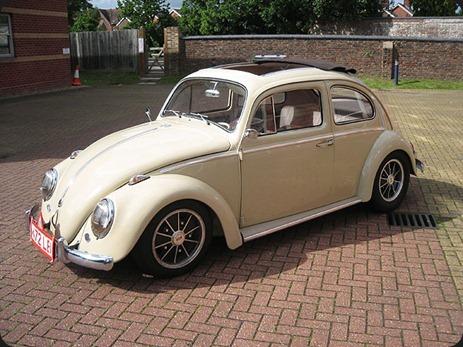 11117-000000983-4d62_VW-Beetle-Ragtop-037
