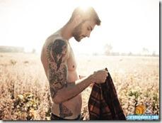 1501__x_descamisado-tatuado-01