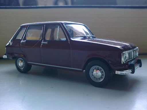 RENAULT R6 1968