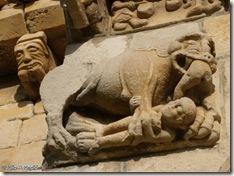 León antropófago Martín de Artáiz - Románico en Navarra