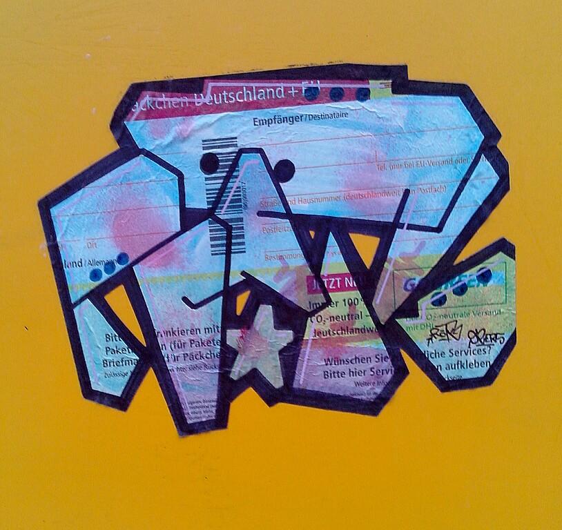 Foto groß: Paketschein Street Art