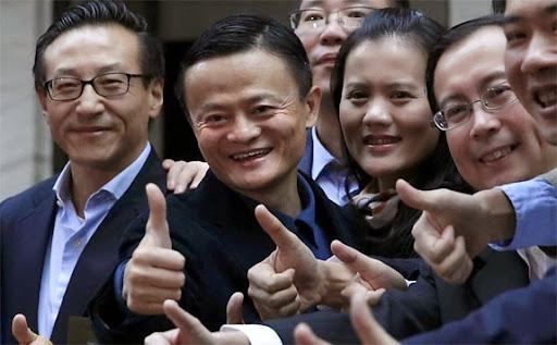 Alibaba estreou na Bolsa de Nova York, a Wall Street e teve recorde de valorização na IPO