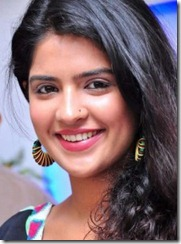 Deeksha-Seth-cute smile
