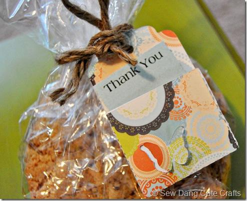 Close-up-thank-you-tag