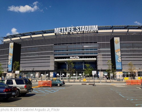 'MetLife Stadium' photo (c) 2013, Gabriel Argudo Jr - license: http://creativecommons.org/licenses/by/2.0/