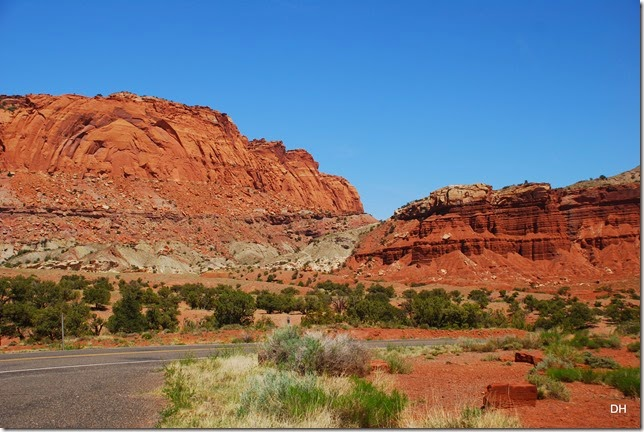 05-26-14 A West Side of Capital Reef NP (103)