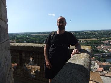 en lo alto de la catedral de Beziers