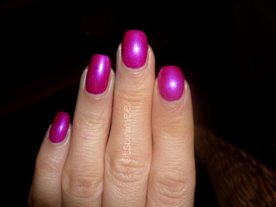 003rimmel-pulsating-nail-polish