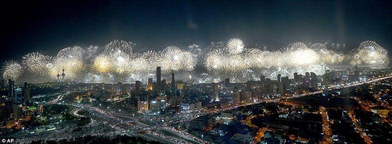 kuwait-fireworks-1