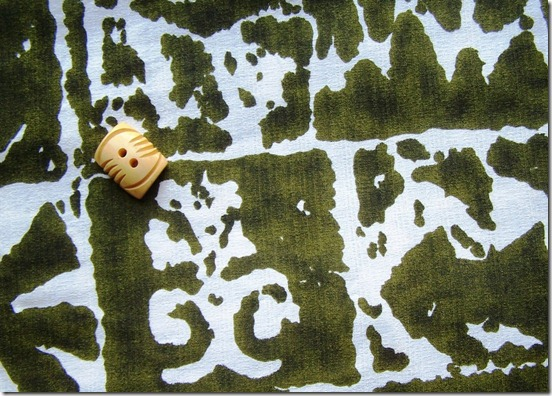 barkcloth and button
