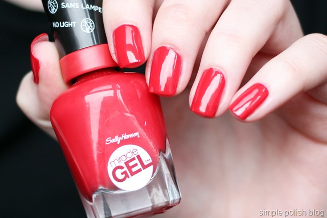 Sally-Hansen-Miracle-Gel-Red-Eye-1